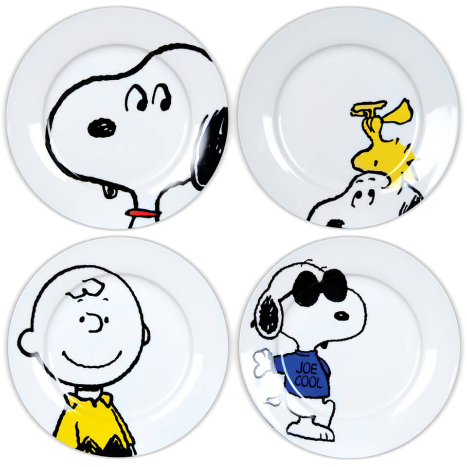 snoopy-character-plates-in-gift-box-set-of-4