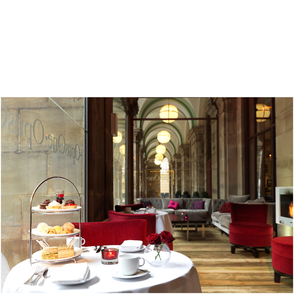 afternoon-tea-for-two-at-5-radisson-manchester