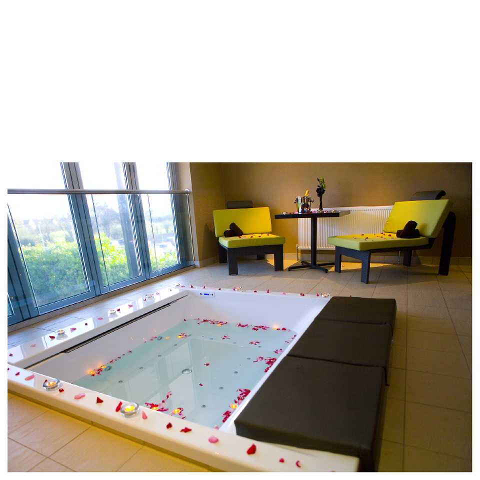 ultimate-sparkling-spa-day-for-two-at-the-club-spa-chester-special-offer