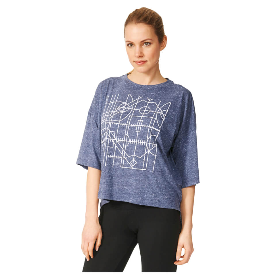 adidas-women-over-sized-graphic-training-t-shirt-navy-xs