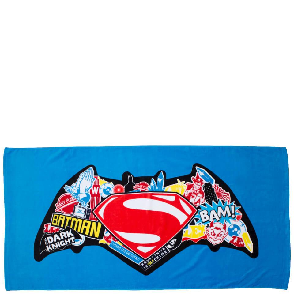batman-vs-superman-clash-bath-towel-140-x-170cm