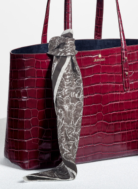 MyBag is the home of beautiful designer handbags and accessories.