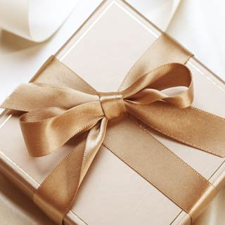 Gifts & Packs
