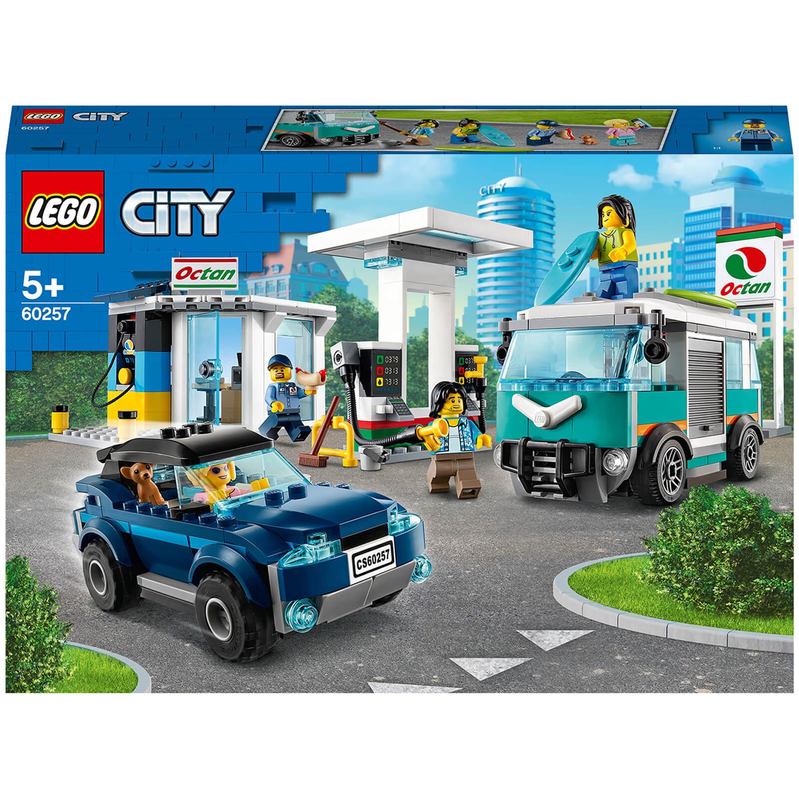 Image of LEGO City: Nitro Wheels Service Station Building Set (60257)