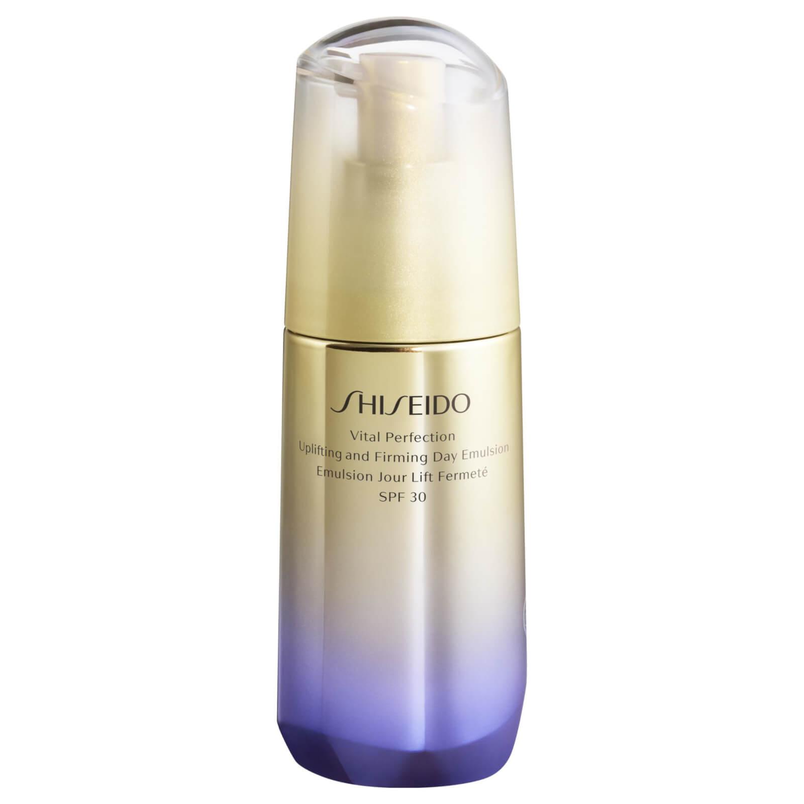 Купить Shiseido Vital Perfection Uplifting and Firming Day Emulsion SPF30
