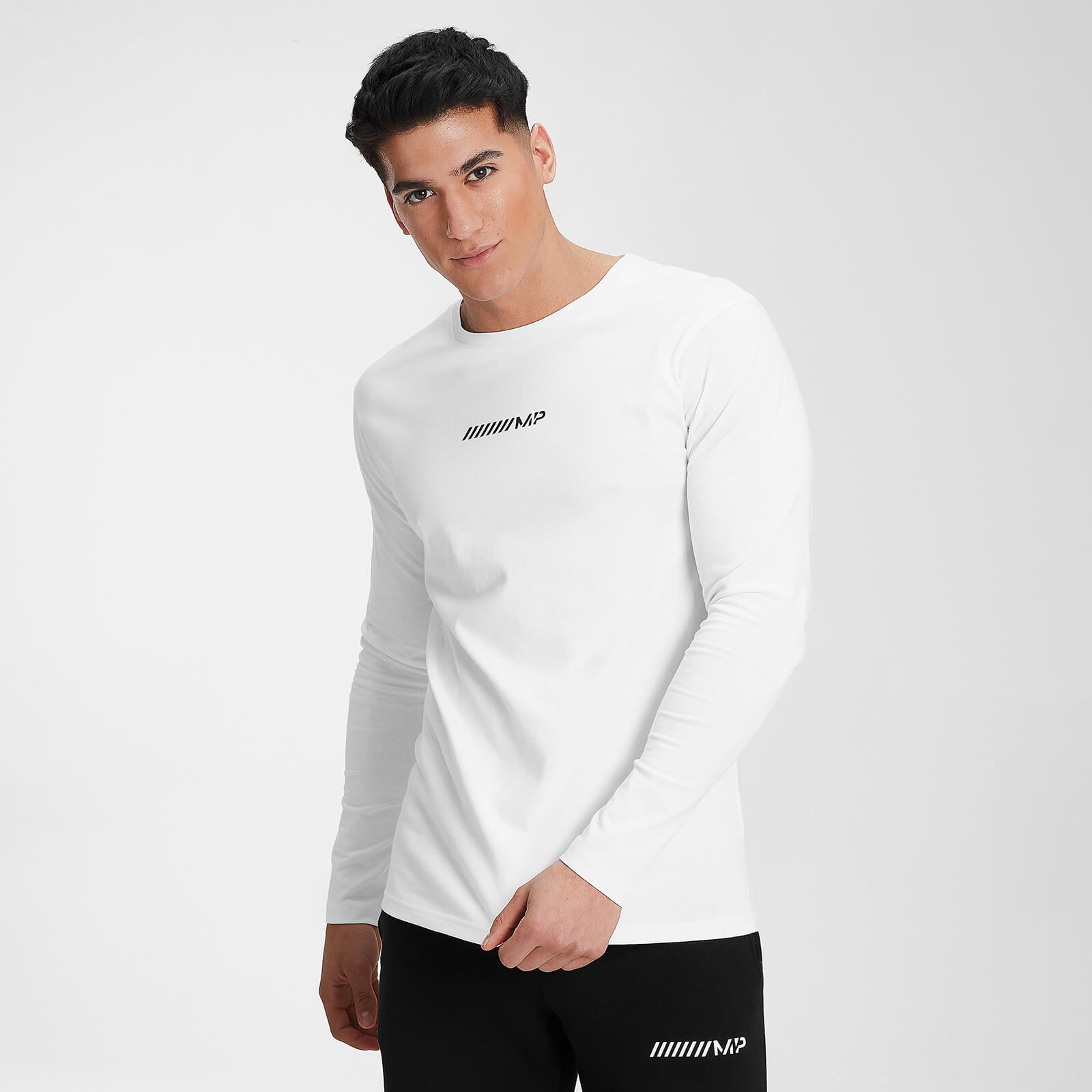 MP Men's Contrast Graphic Long Sleeve Top - White - XXXL, Myprotein International  - купить со скидкой