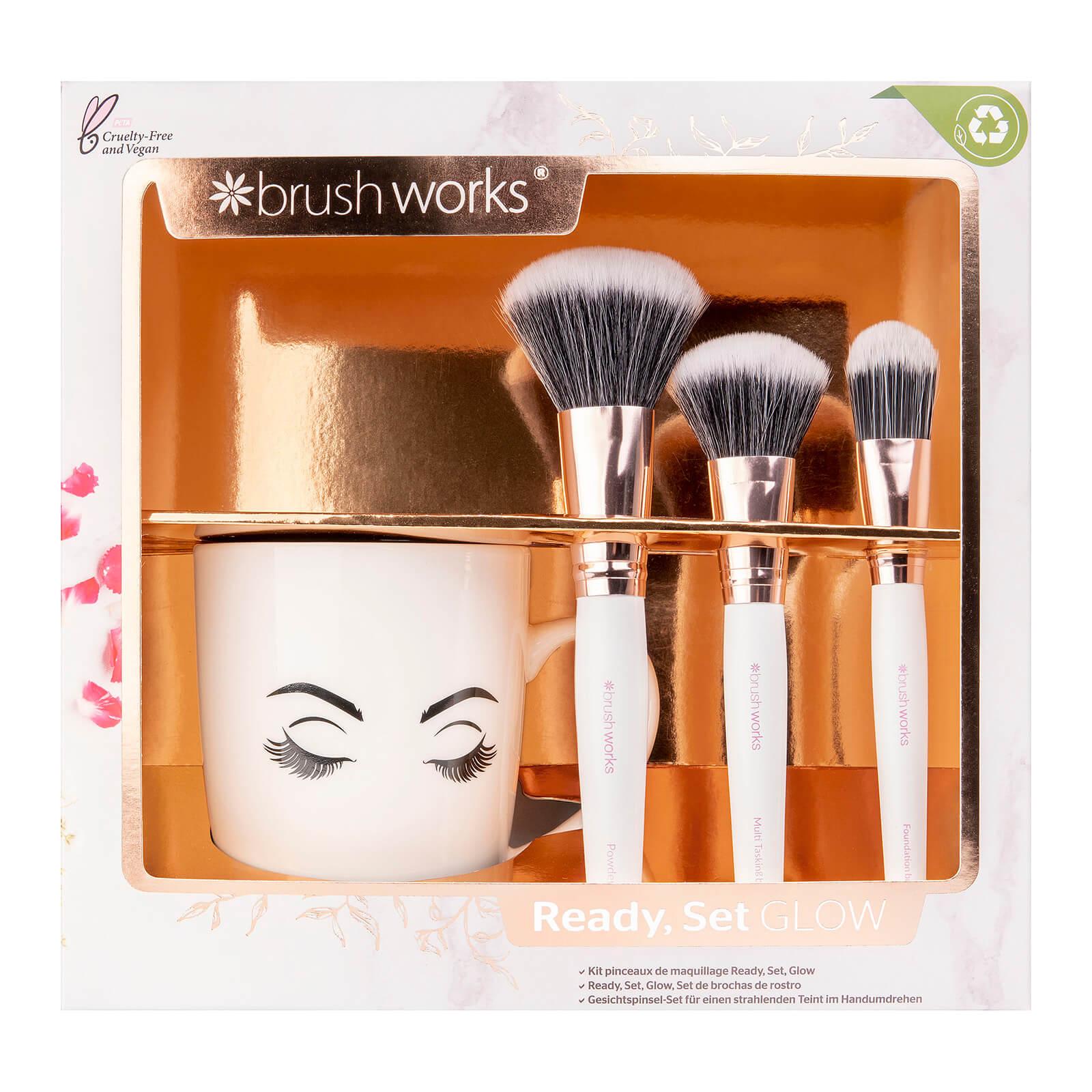 Купить Brushworks Ready Set Glow Face Brush Set