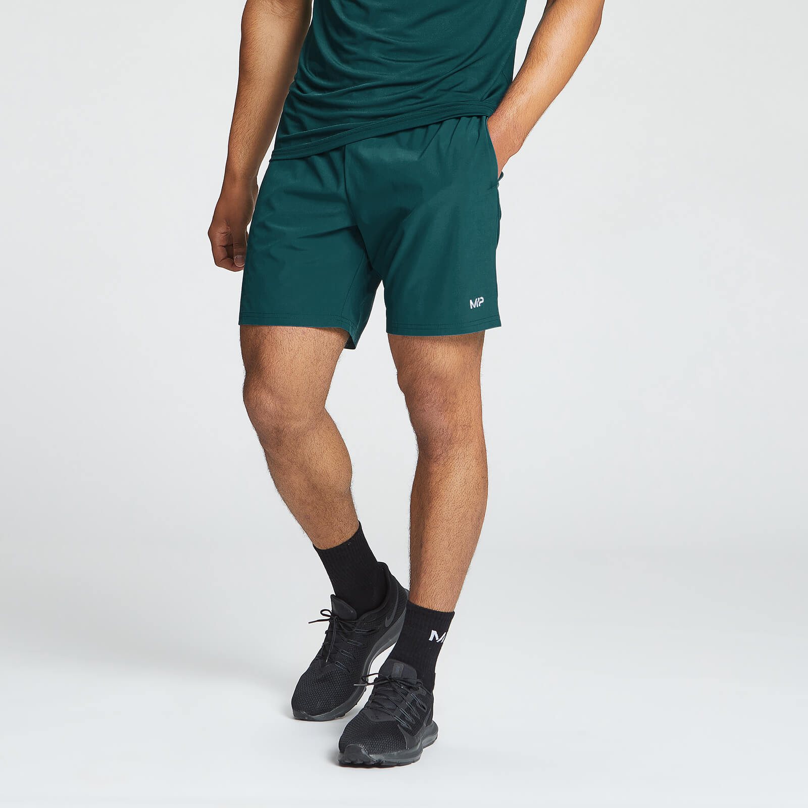 Купить Мужские спортивные шорты MP Essentials - XL, Myprotein International