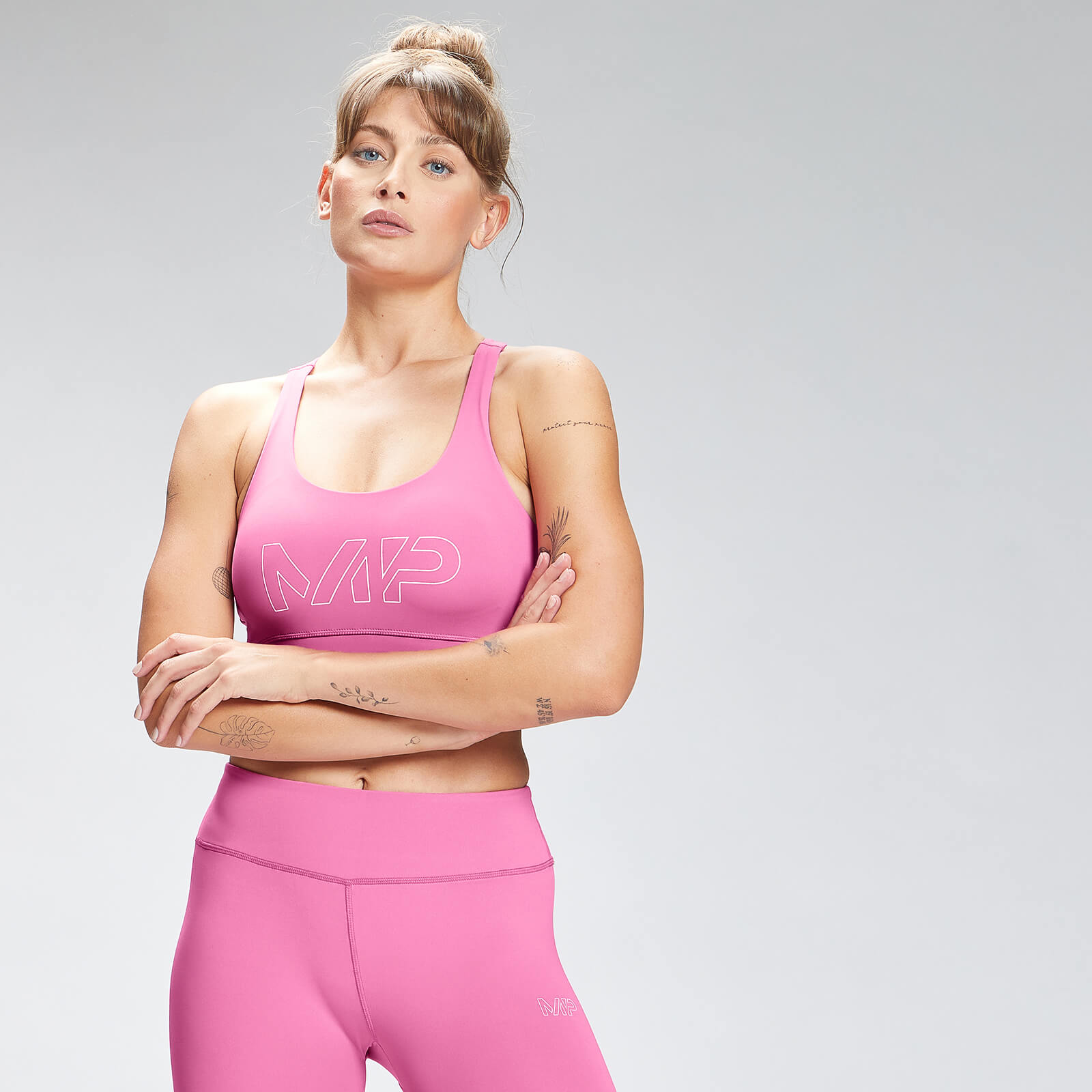 Купить MP Women's Repeat Mark Graphic Training Sports Bra - Pink - XL, Myprotein International