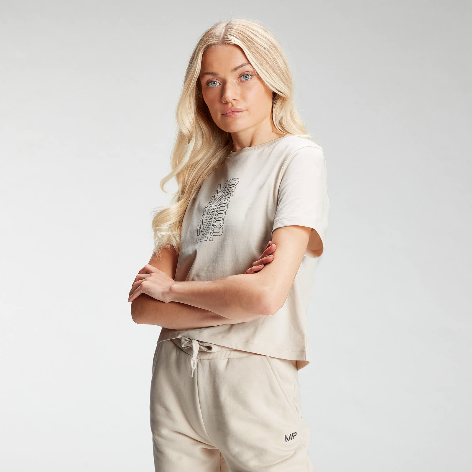 Купить MP Women's Repeat MP Crop T-Shirt - Ecru - XXL, Myprotein International