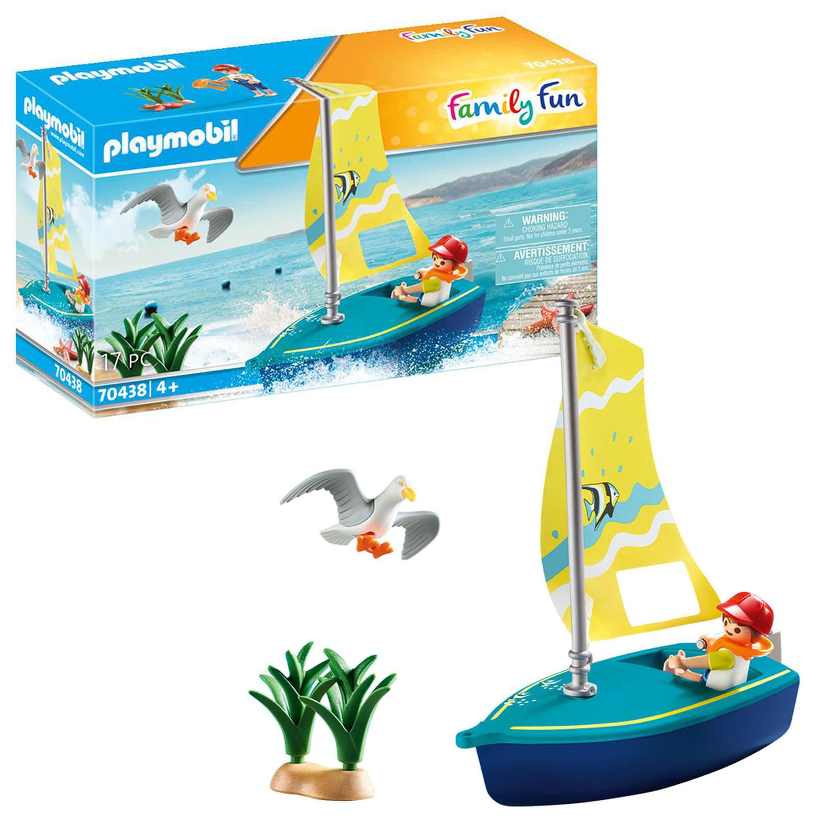 Playmobil Family Fun Beach Hotel Sailboat (70438)