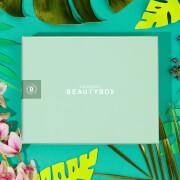 Купить Подписка на lookfantastic Beauty Box - Подписка на 6 месяцев