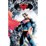 DC Comics Batman Vs. Superman Graphic Novel