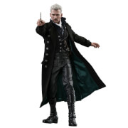 Hot Toys Movie Masterpiece 1/6 Scale Fully Poseable Figure: Fantastic Beasts: The Crimes of Grindelwald - Gellert Grindelwald (with Bonus Accessory)
