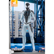 Hot Toys Video Game Masterpiece - 1/6 Scale Fully Poseable Figure: Marvel's Spider-Man - Spider-Man (Negative Suit Version)