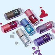 Makeup Revolution Holographic Nail Polish (Various Shades)