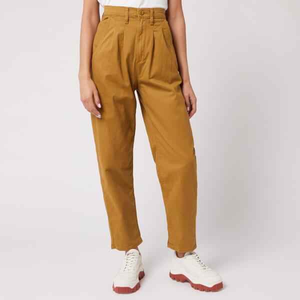 levi's women's pleated balloon leg jeans - dull gold fine twill - w29/l26