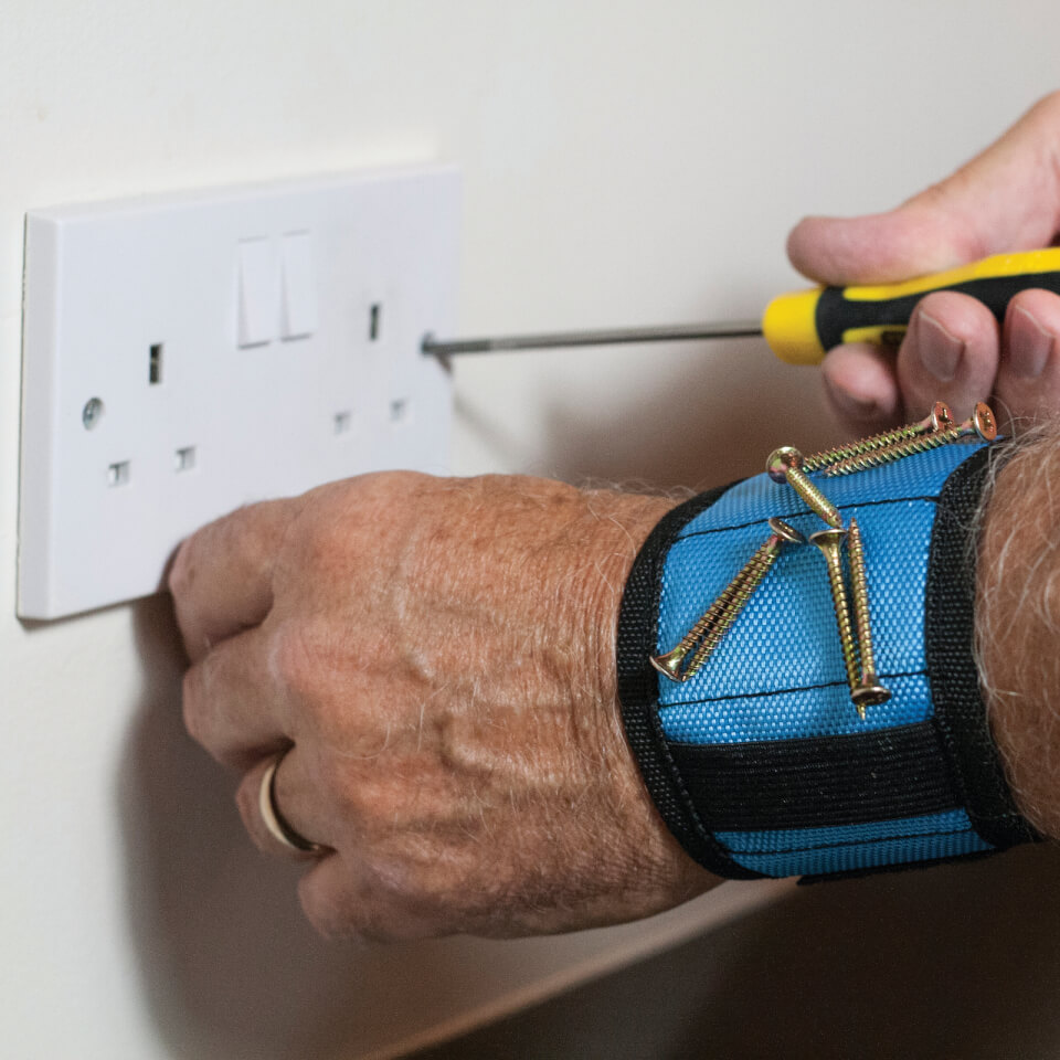 Ausgefallengadgets - Magnetic Wristband - Onlineshop Sowas Will Ich Auch