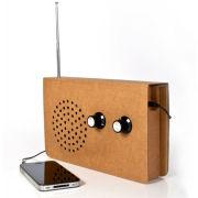Karton Radio und MP3 Lautsprecher