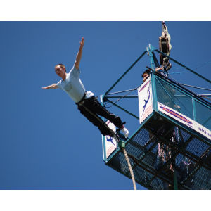 160ft Bungee Jumping Experience in London
