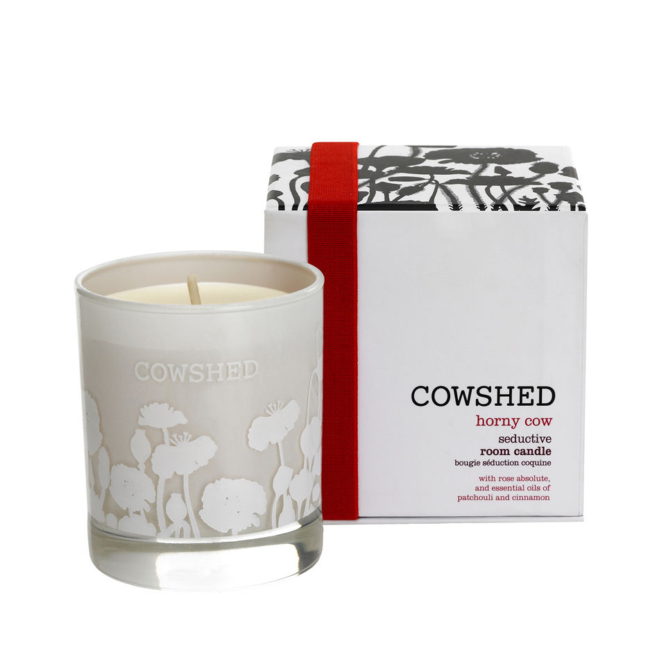 cowshed-horny-cow-seductive-room-candle