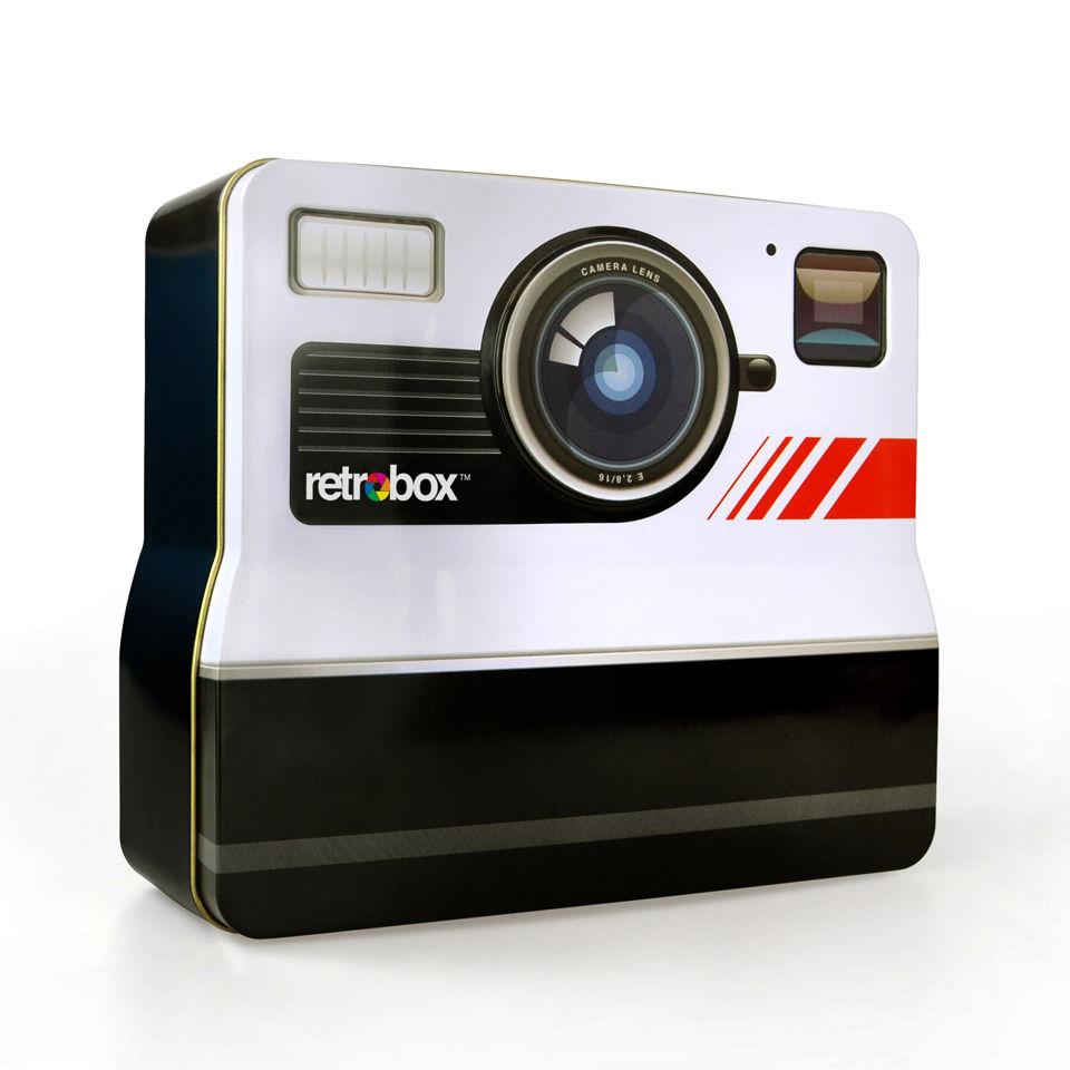 retro-camera-tin