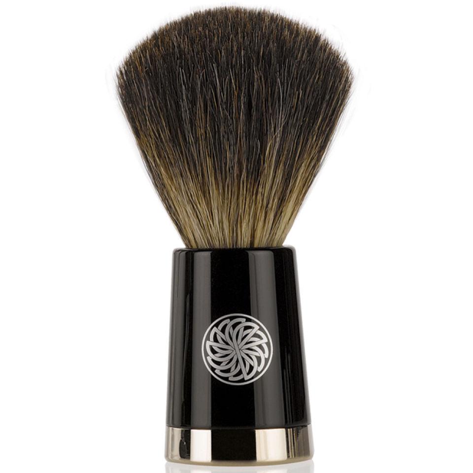 Gentlemens Tonic Savile Row Brush Ebony