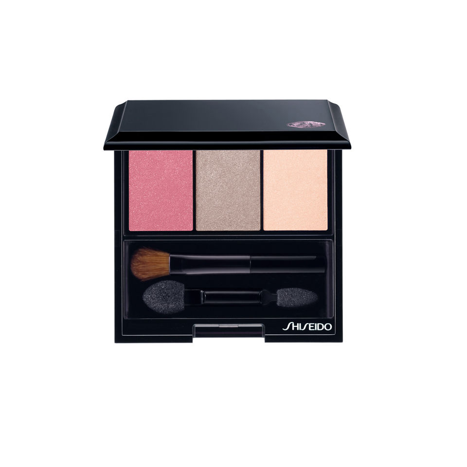 shiseido-luminizing-satin-eye-colour-trio-rd711-pink-sand-3g