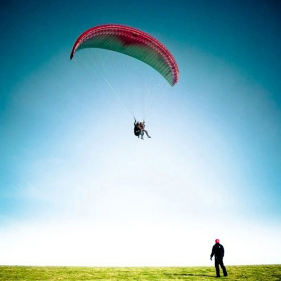 30-minute-tandem-paragliding-flight