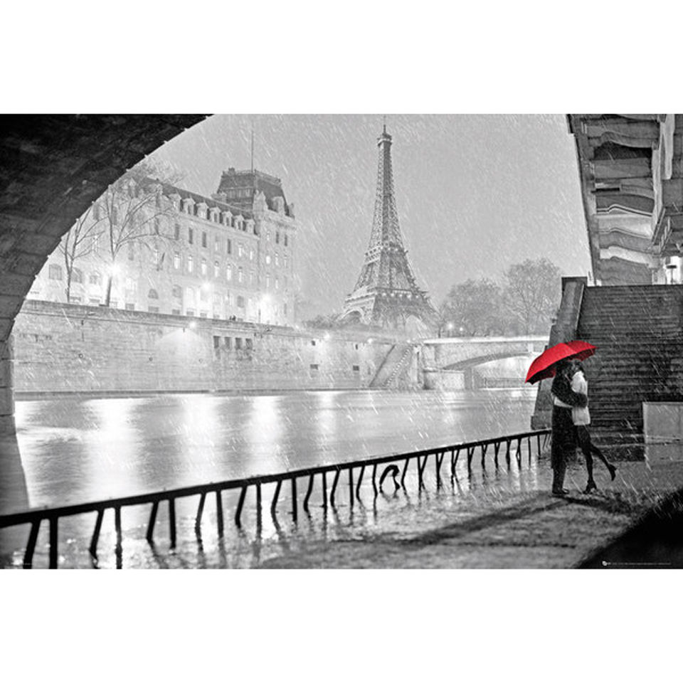 paris-eiffel-tower-kiss-maxi-poster-61-x-915cm