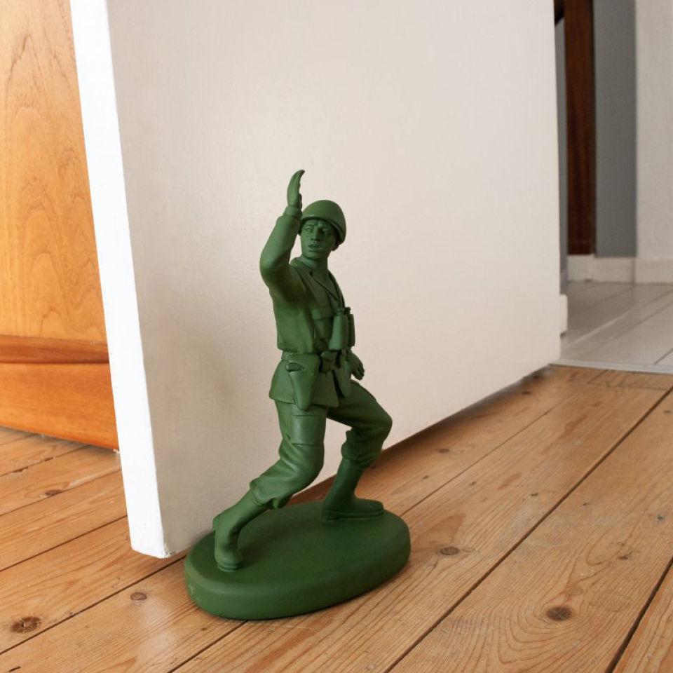 toy-soldier-shaped-door-stop-homeguard