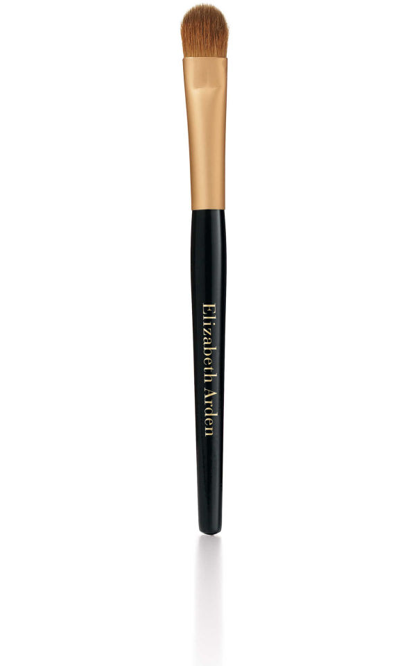 elizabeth-arden-flawless-finish-foundation-brush
