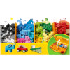 LEGO Classic: Creative Suitcase (10713): Image 3