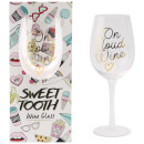 sweet-tooth-on-cloud-wine-weinglas