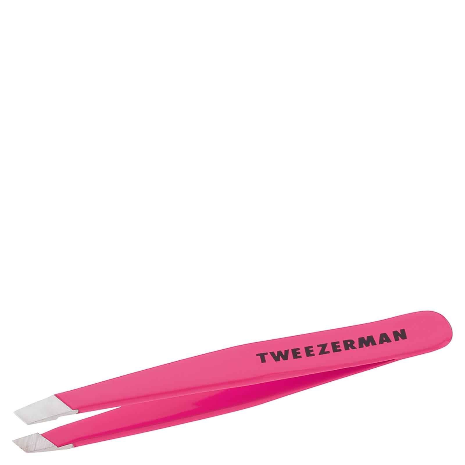 Look Fantastic coupon: Tweezerman Mini Slant Tweezer - Flamingo Pink