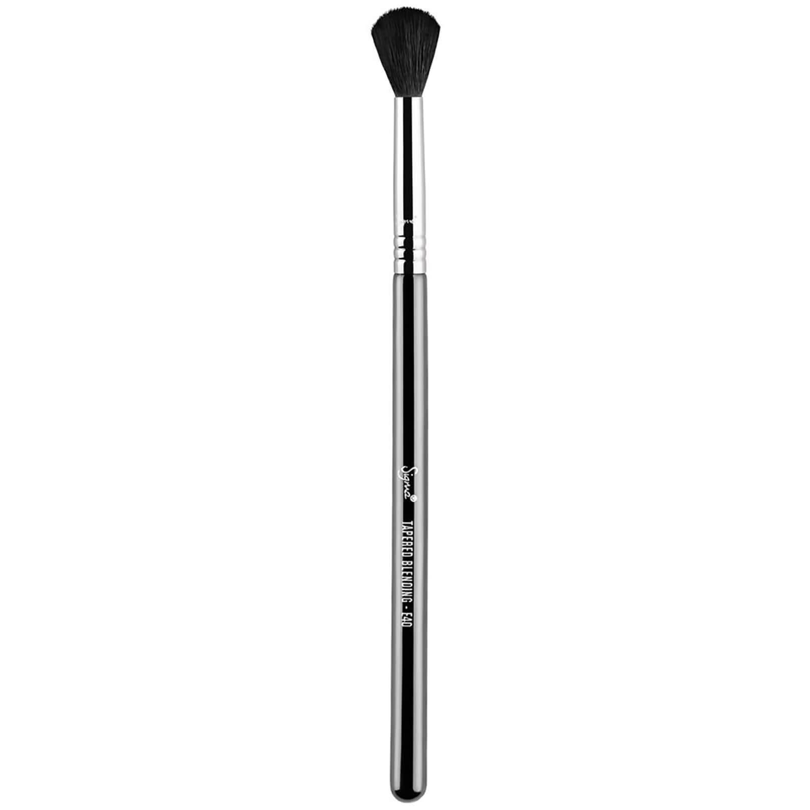 Купить Коническая кисть для растушевки теней Sigma E40 Tapered Blending Brush