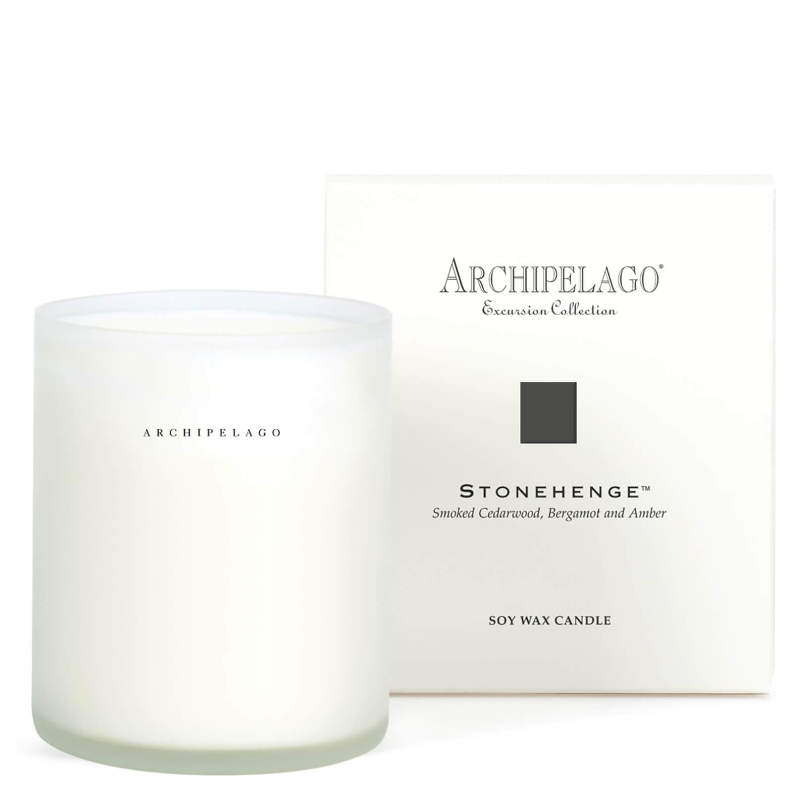 Купить Ароматическая свеча в коробкеArchipelago Botanicals Boxed Stonehenge Candle 270г