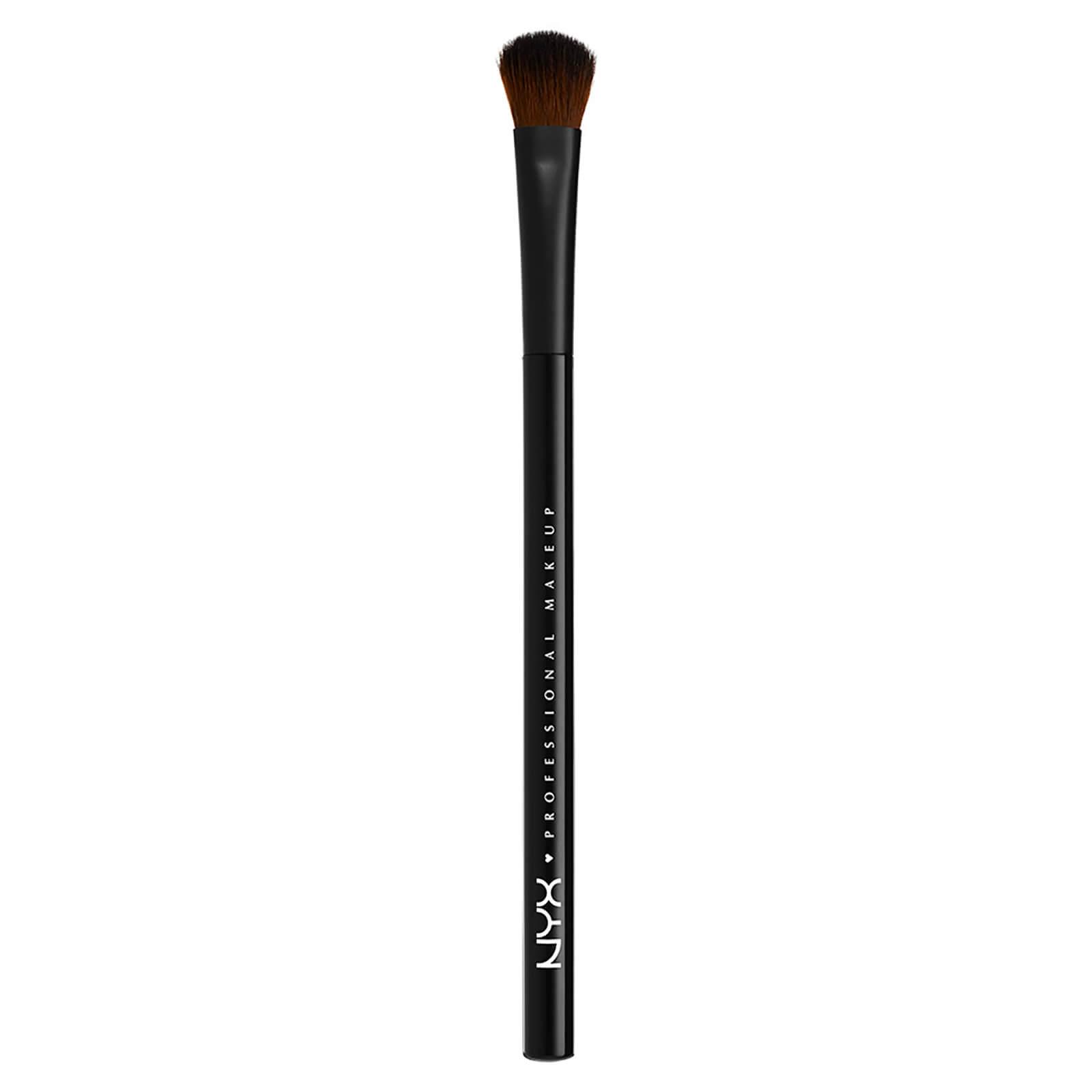 Купить Профессиональная кисть для теней NYX Professional Makeup Pro All Over Shadow Brush
