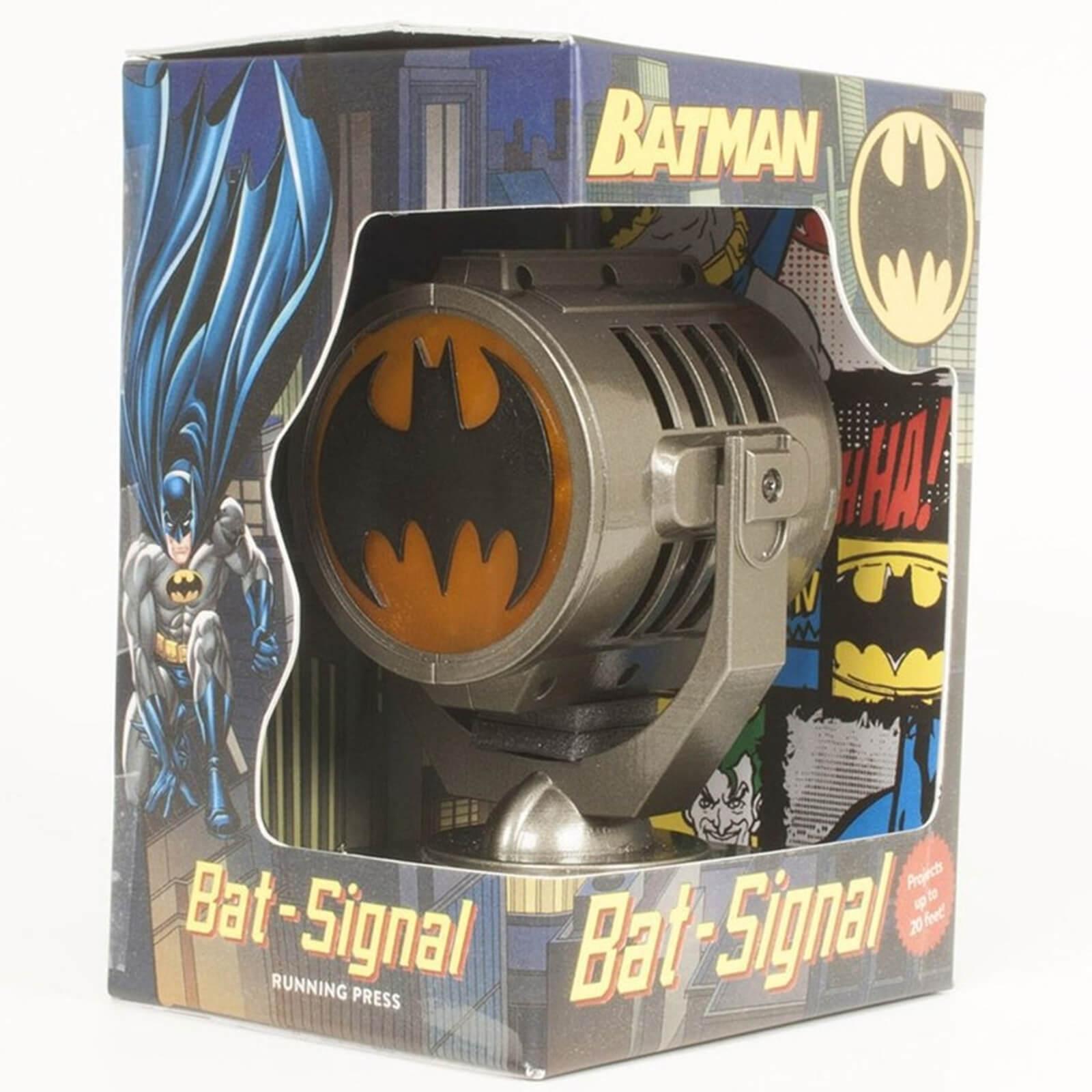 Batman: Metal Die Cast Bat Signal DeluxeKit