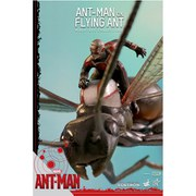 Figurine Ant-Man Volant sur une Fourmi -Hot Toys Marvel
