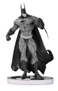 DC Statue Batman Black & White By Bisley 2nd Ed