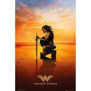 DC Comics Wonder Woman Kneel Maxi Poster 61 x 91.5cm