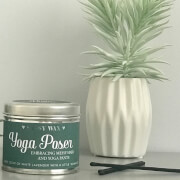 La de da! Living Sassy Wax Yoga Poser - Embracing Messy Hair and Yoga Pants Candle 300g