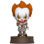 Hot Toys IT Chapter Two Cosbaby Mini Figure Pennywise with Broken Arm 11cm