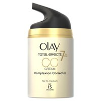 CC Cream correctora de poros de Olay Total Effects - Claro/ Medio (50ml)