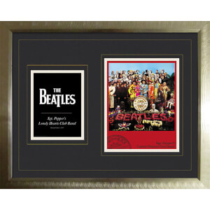 "The Beatles Sergeant Pepper - High End Framed Photo - 16"""" x 20"""