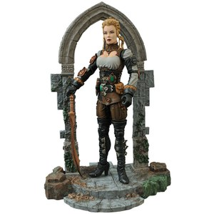 Universal Monsters Select Figura Monster Hunter Lucy Westenra