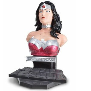 DC Comics Wonder Woman Solid 3D Puzzle