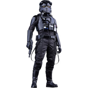 Hot Toys Star Wars First Order TIE Pilot Sixth Scale Figure