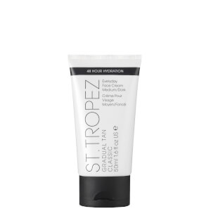 St. Tropez Gradual Tan Classic Face Lotion - Medium/Dark (50ml)